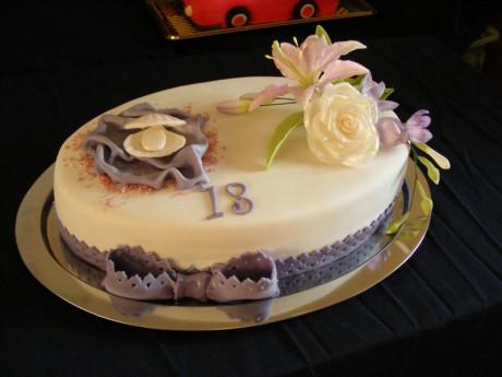 torta na 18.jpg